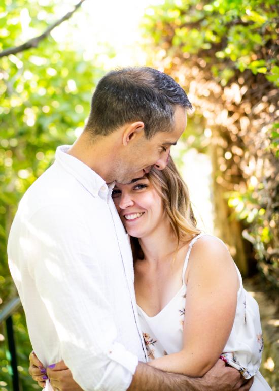 Photographe couple, séance engagement en Provence, à Aix