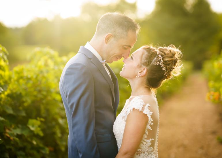 Photo de couple lors d'un mariage dans le Luberon en Provence